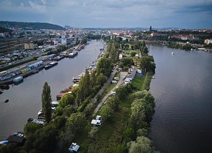 Travolon Praag rivier